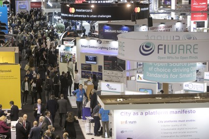 Fira Barcelona organiza Smart City Expo India